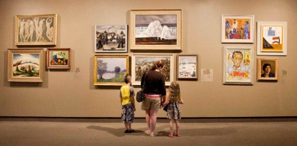 family-at-worcester-art-museumxx